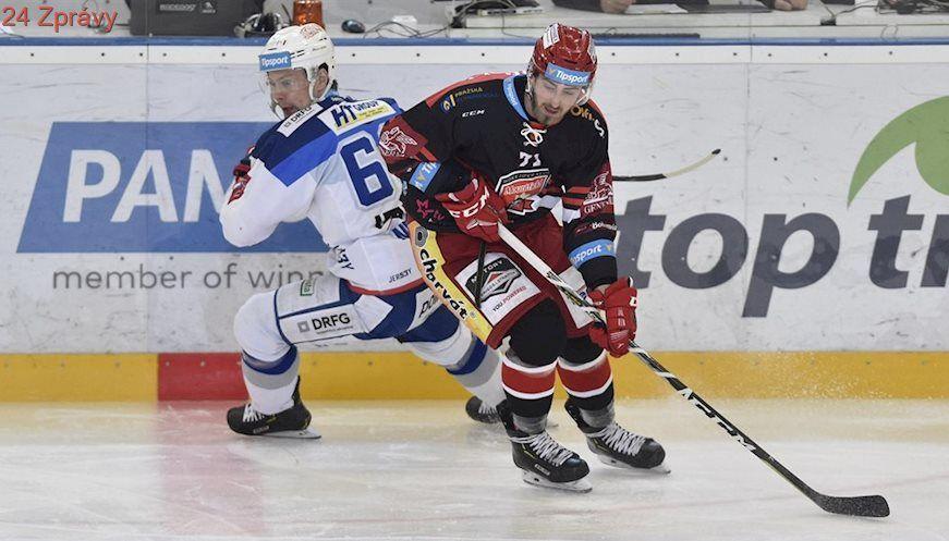 88a593e20897c ONLINE: Začíná hokejové čtvrtfinále, mistrovská Kometa hraje v Hradci