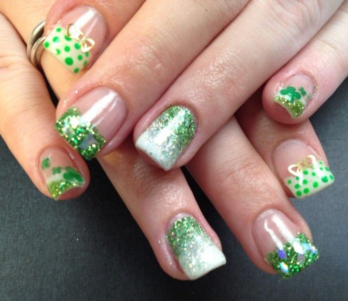 Cute Amazing Christmas Nail Art Designs Greennailsss Pinterest