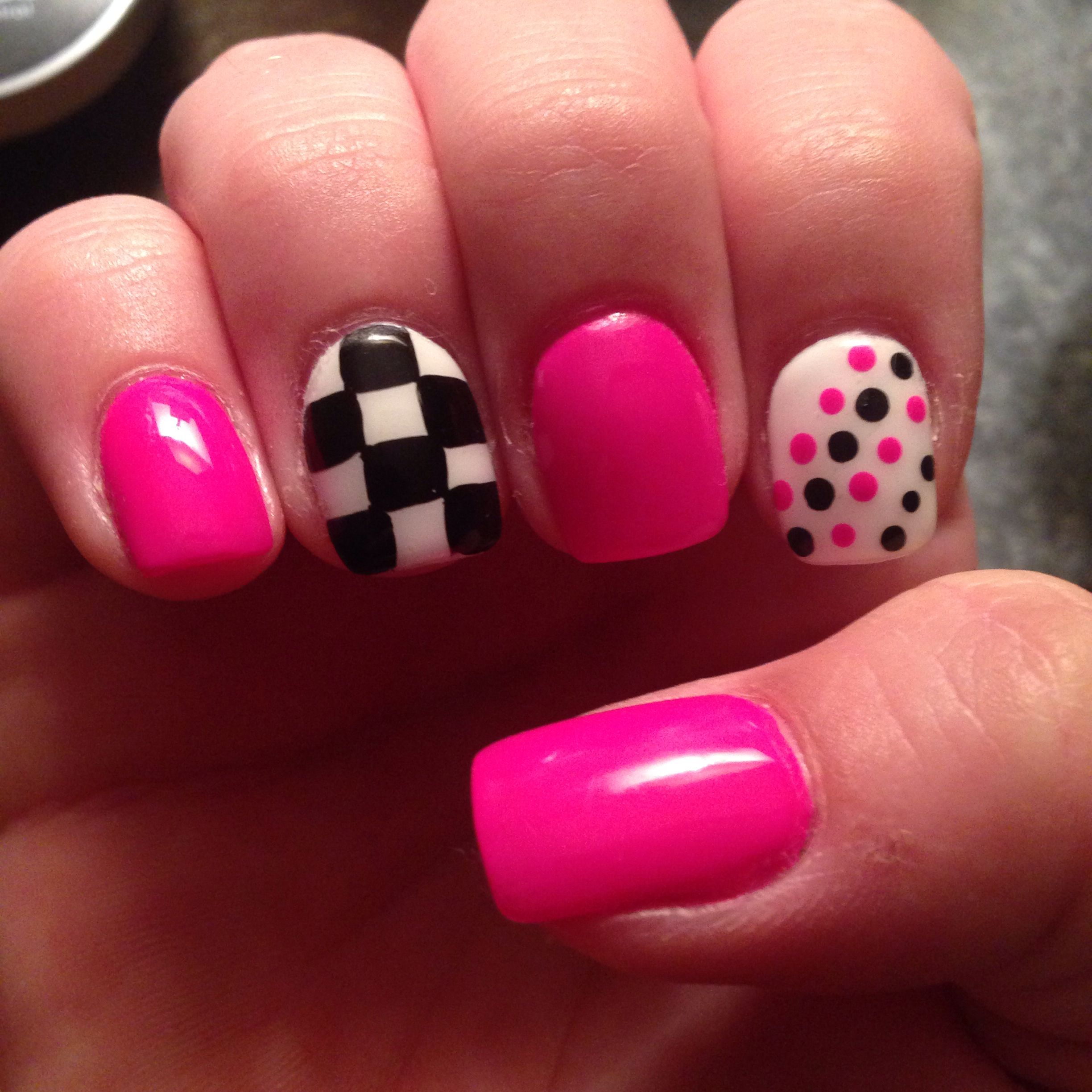 checkered nails ideas