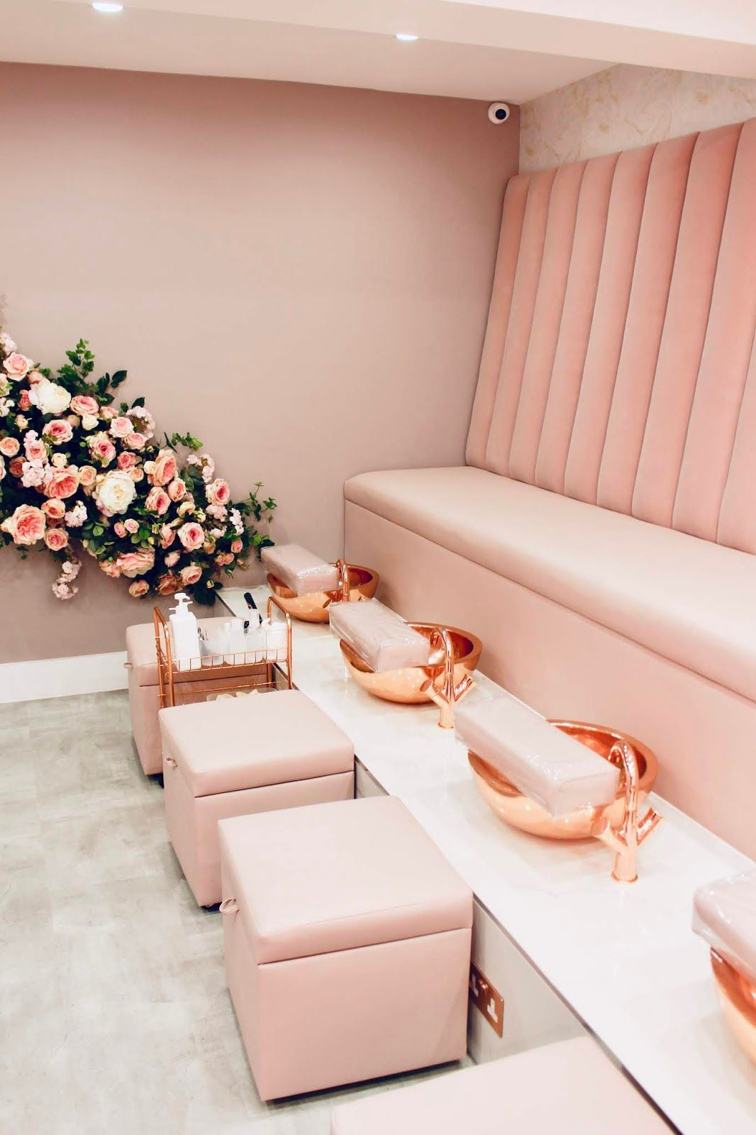 The Most Instagrammable Nail Salon We Nail D It Review Con