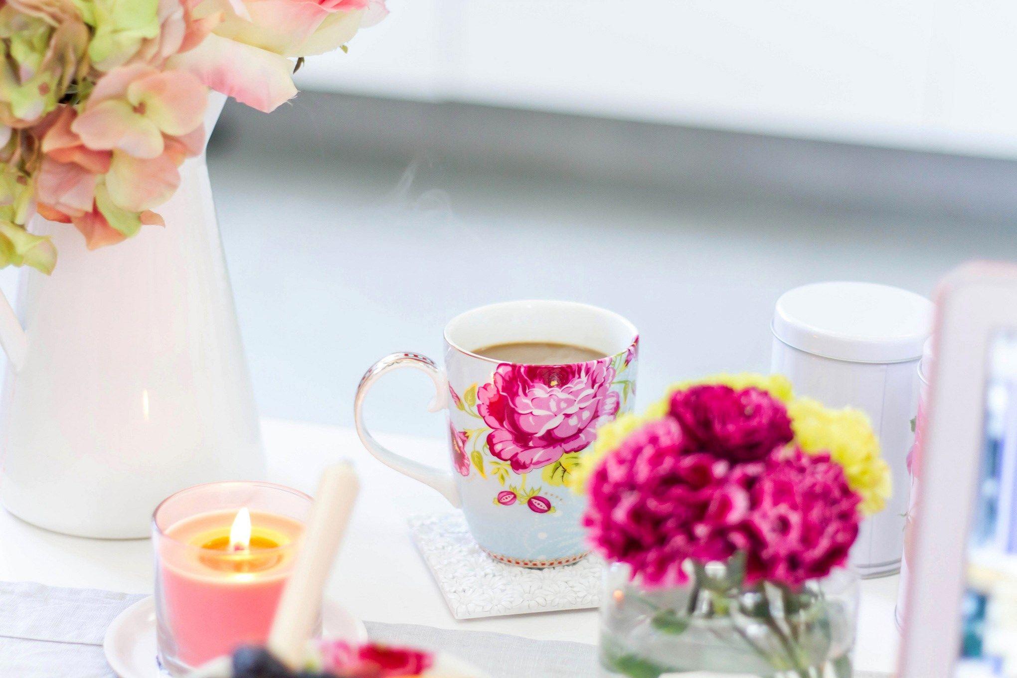 2040x1360 Quality Cool coffee Flower desktop wallpaper
