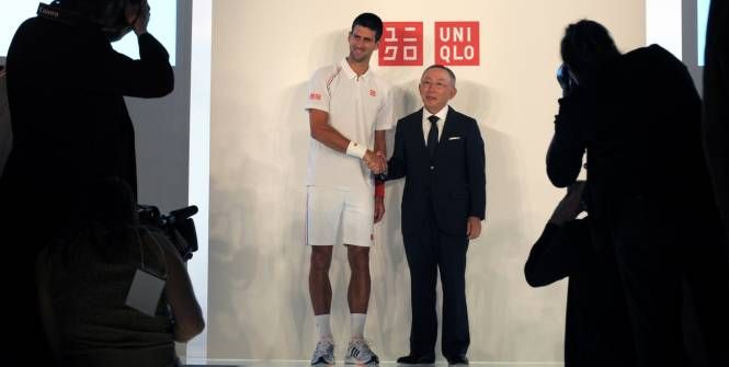 Novak Djokovic in Uniqlo ! Good move from the number one Japanese brand to improve its awareness.