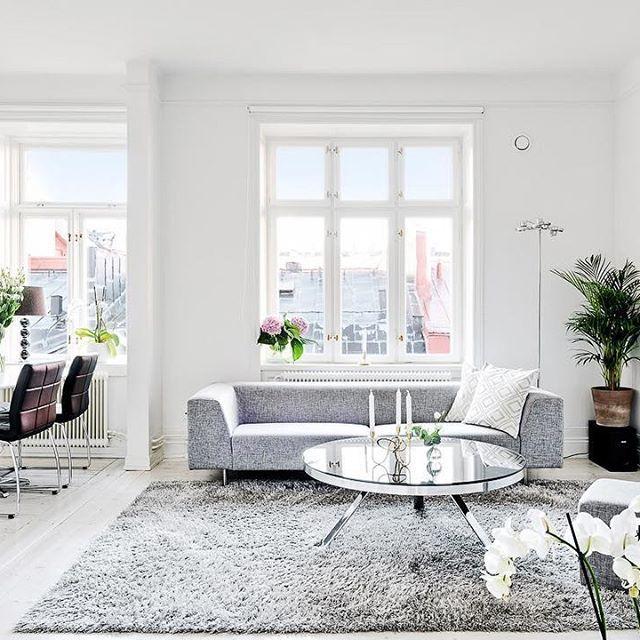 Visas nu i helgen! Döbelnsgatan 53A, en tvåa på 57 kvadrat.  Ansvarig mäklare: Robert Ljungström. #inredning#inredningsdesign #interior#inspiration#interiorinspo #interior123#whiteinterior#home #instahome #homeinspo#tillsalu#forsale #interiorforyou#roominterior#interior4all#interiorinspiration#interiorforyou #homedesign#lyx #luxury#realestate #realtor #broker #bostad #hemnet #fastighetsbyran #vasastan #tillsalu #photooftheday