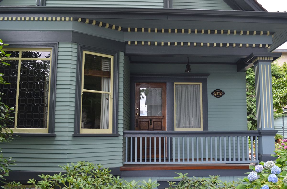 Heritage House Vancouver Bc Benjamin Moore Historic Colour Palette Exterior Colours