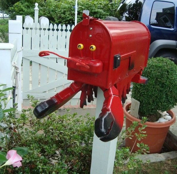 41 Weird Funny And Clever Mailboxes Mailbox Design Unique Mailboxes Mailbox Decor
