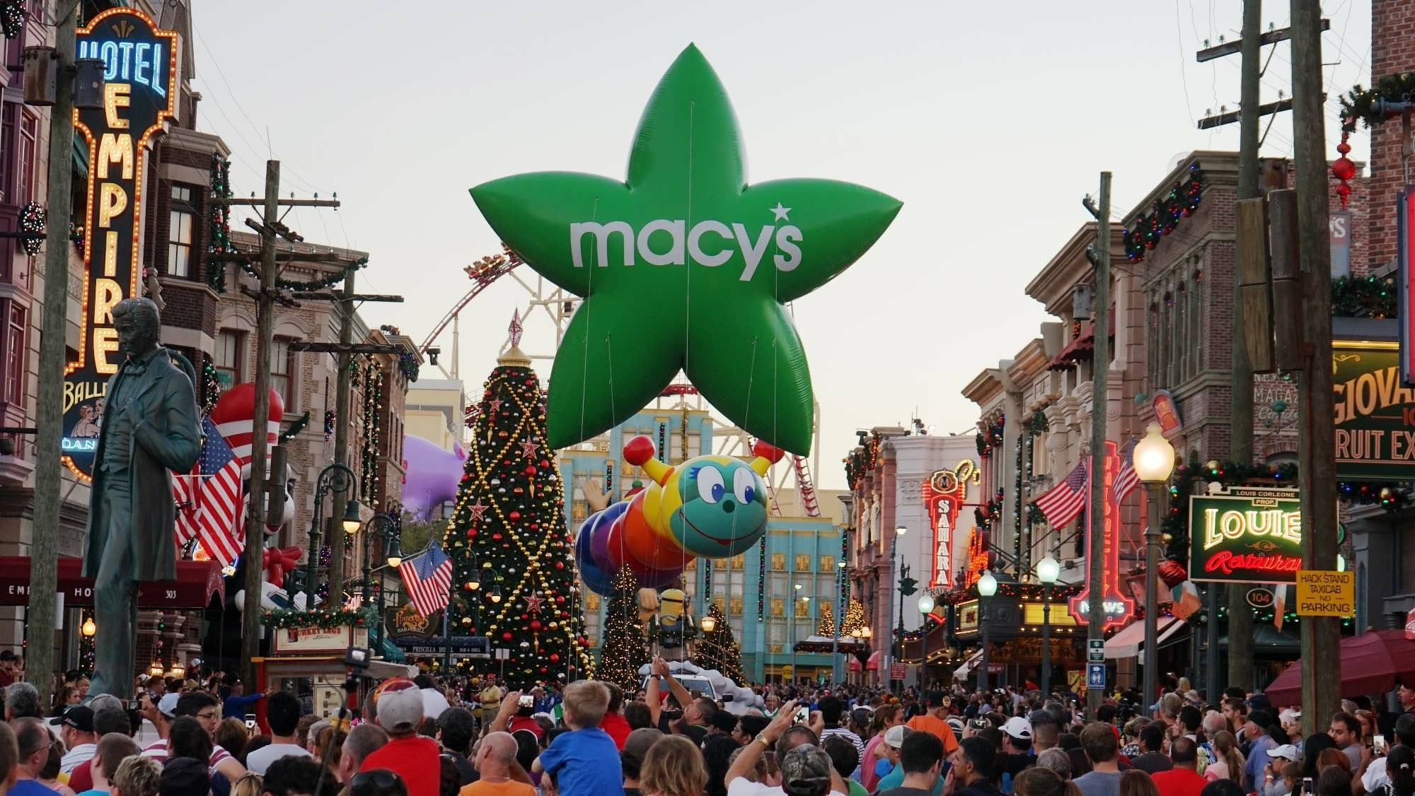 The big event at Universal Studios Florida is the Macy's Holiday ...