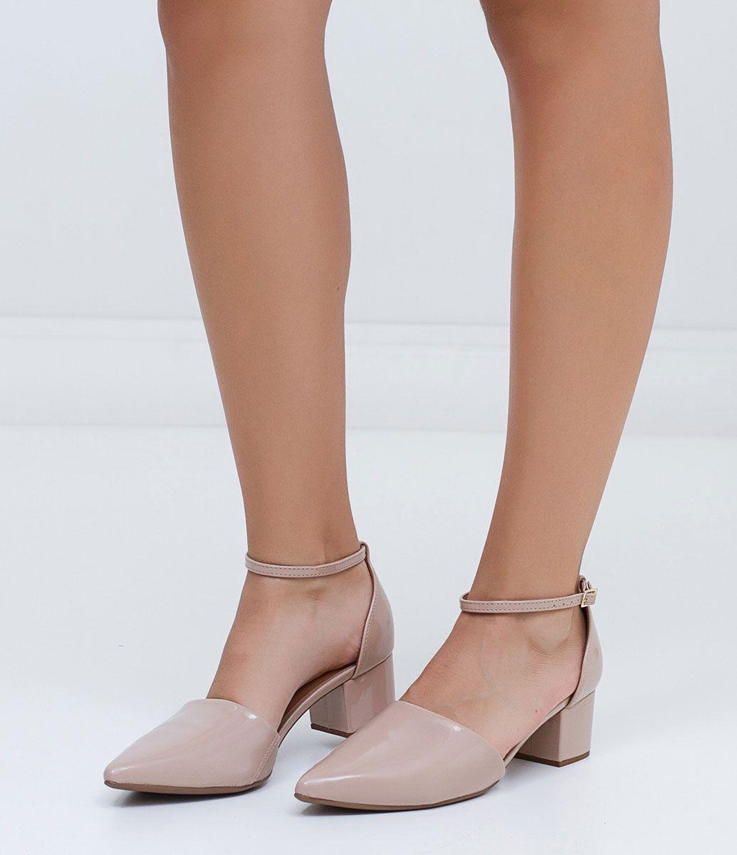 77f25d19d Sapato feminino Com tornozeleira Altura do salto: 5 cm Marca: Vizzano  Material: sintético