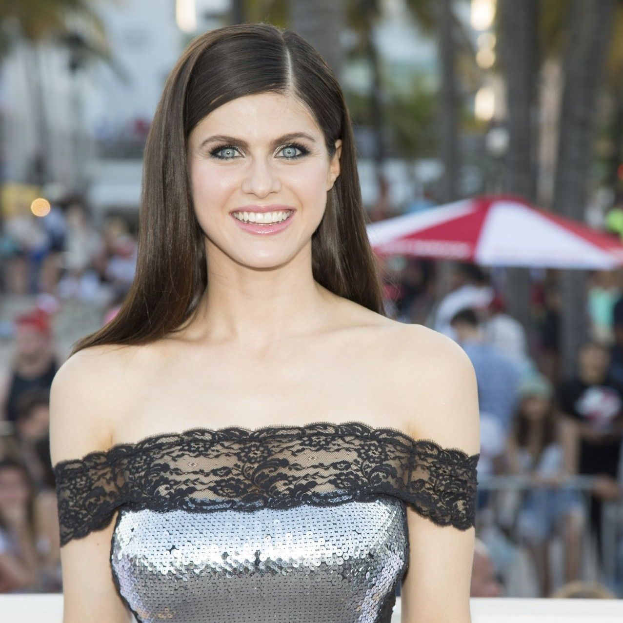 Pin By The Bold K On Too Hot To Handle Alexandra Daddario