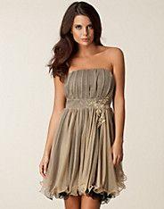Mesh Bandeau Trim Dress - Aura Boutique - Guld - Festklänningar - Kläder - NELLY.COM Mode online på nätet