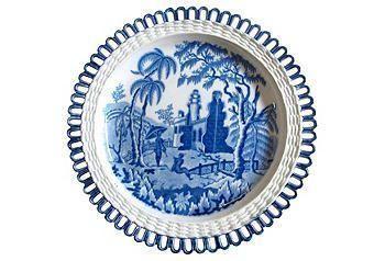 A beautiful blue & white antique Davenport wall plate.