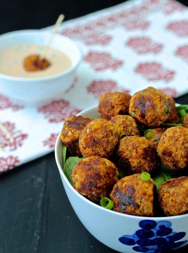 Spicy Thai Chili Tuna Meatballs | @foodiephysician
