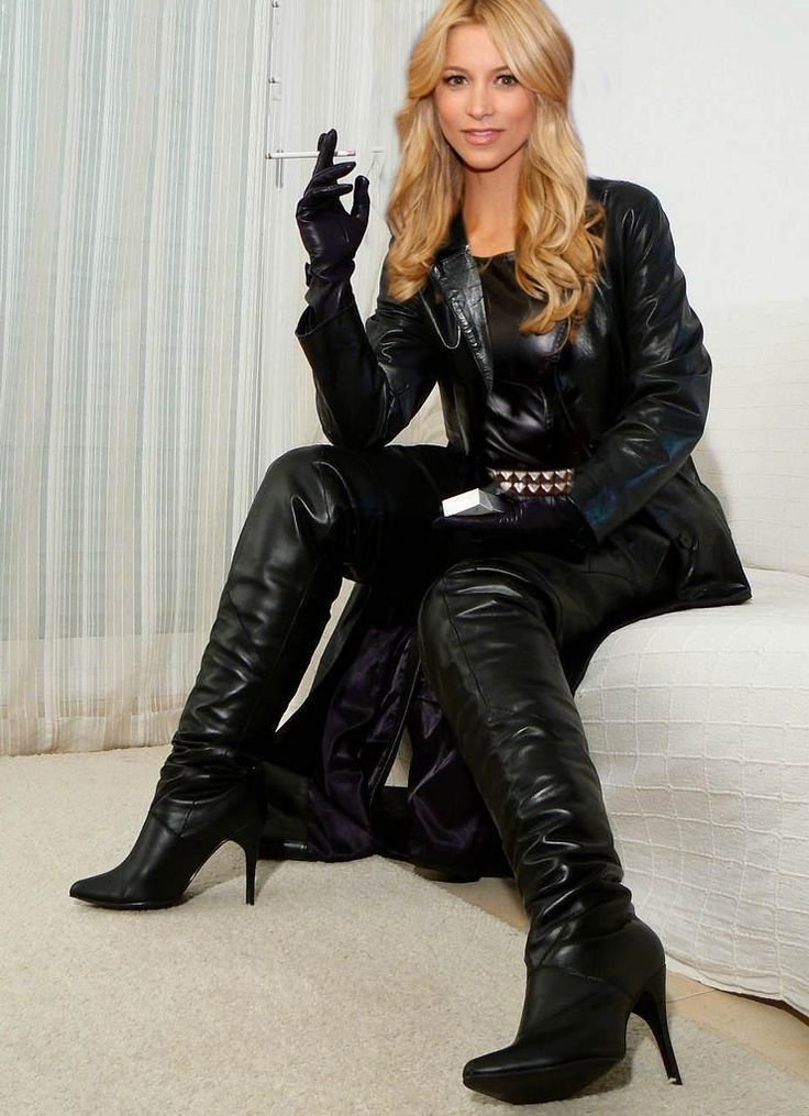 Smoking Ladies, Sexy Boots, Leather Gloves, Women's Gloves, Crotch Boots,  Manteau
