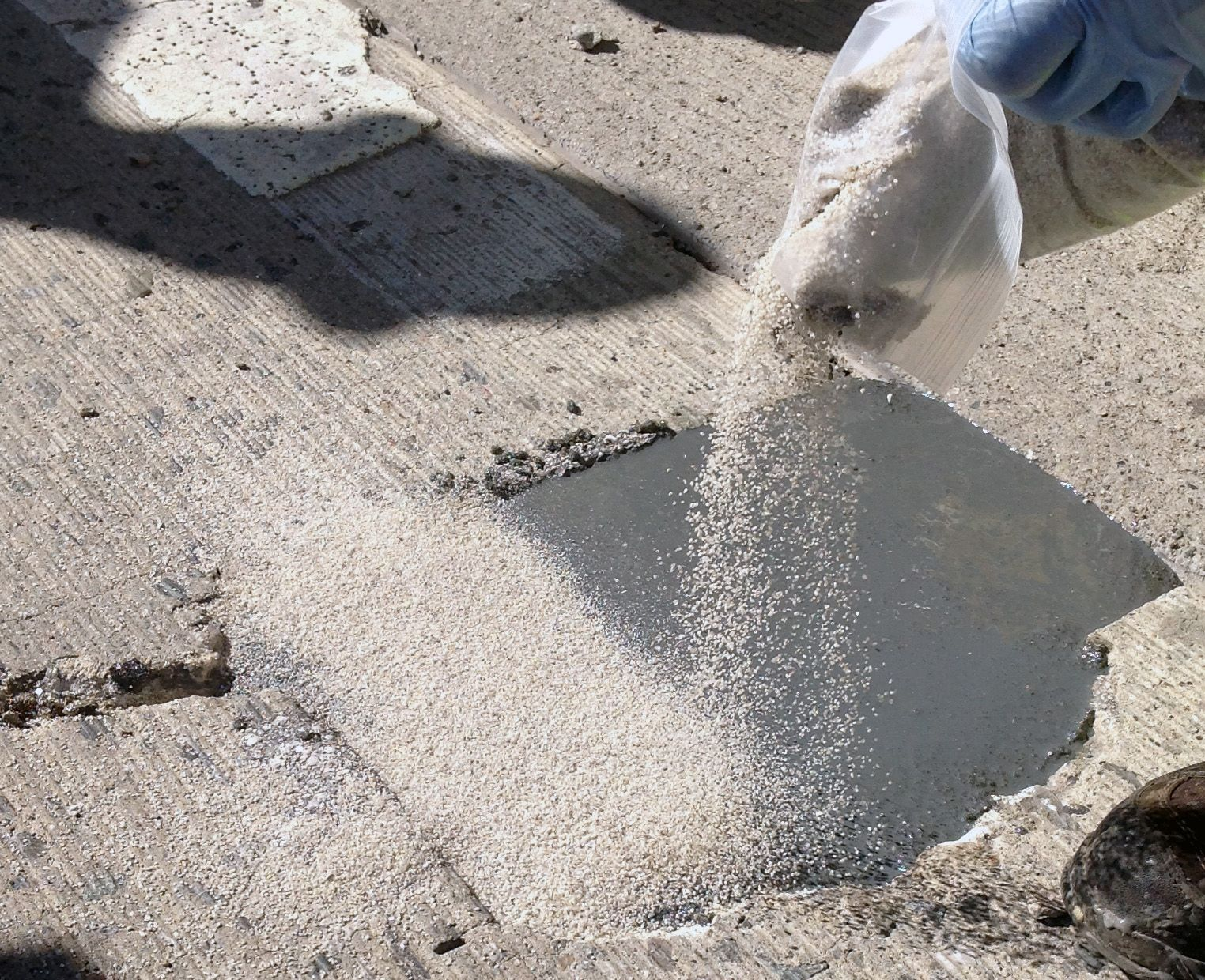 Concrete Repair Contractors With Our Clients Based All Over Bangalore And Other Region We Have Been Able To Maintain Proximi Epoxy Floor Flooring Concrete Diy