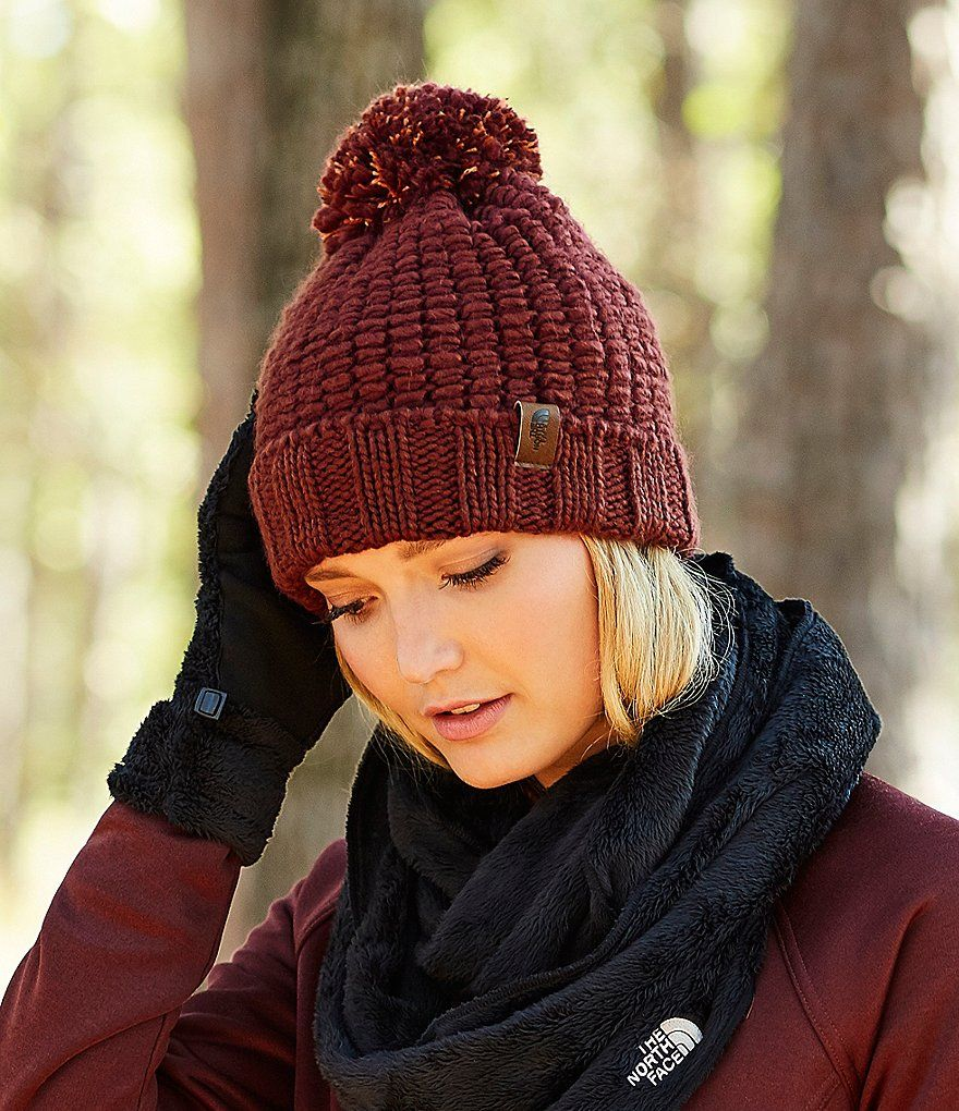 The North Face Cozy Chunky Pom Beanie  e60a0608471