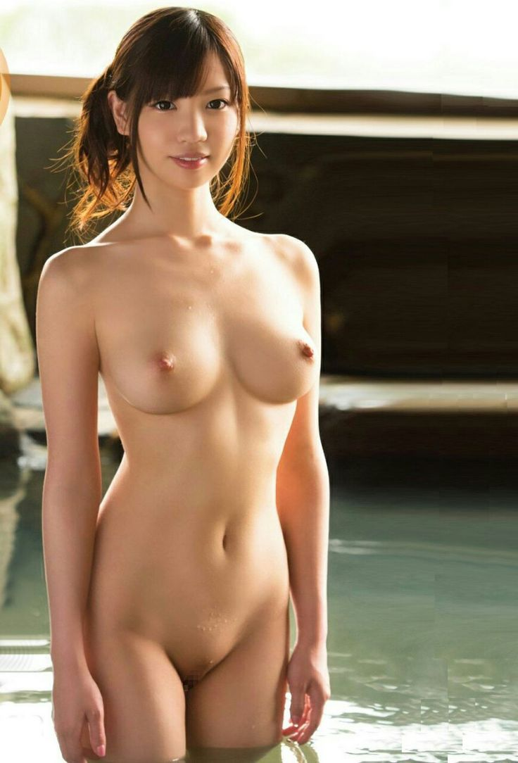 asian-nude-models-pictures-girl-sees-her