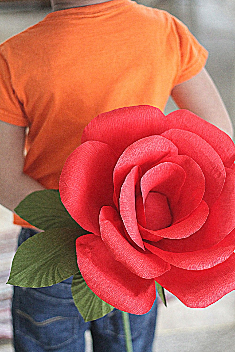 Large paper flowerpaper rose for wedding photography prop
