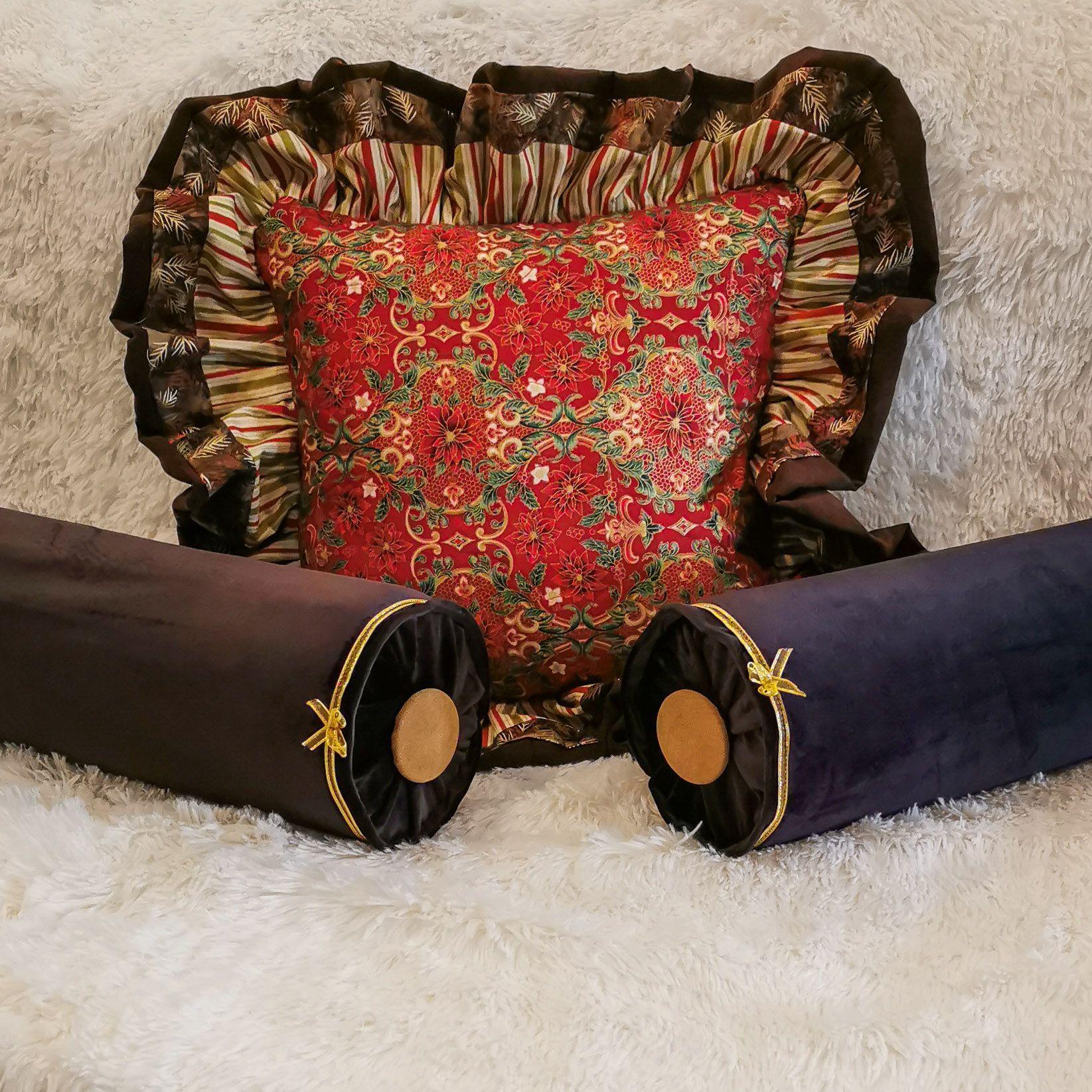 Pin By Domowe Dekorracje On Poduszki Inspiracje Gucci Mules Fashion Mule Shoe