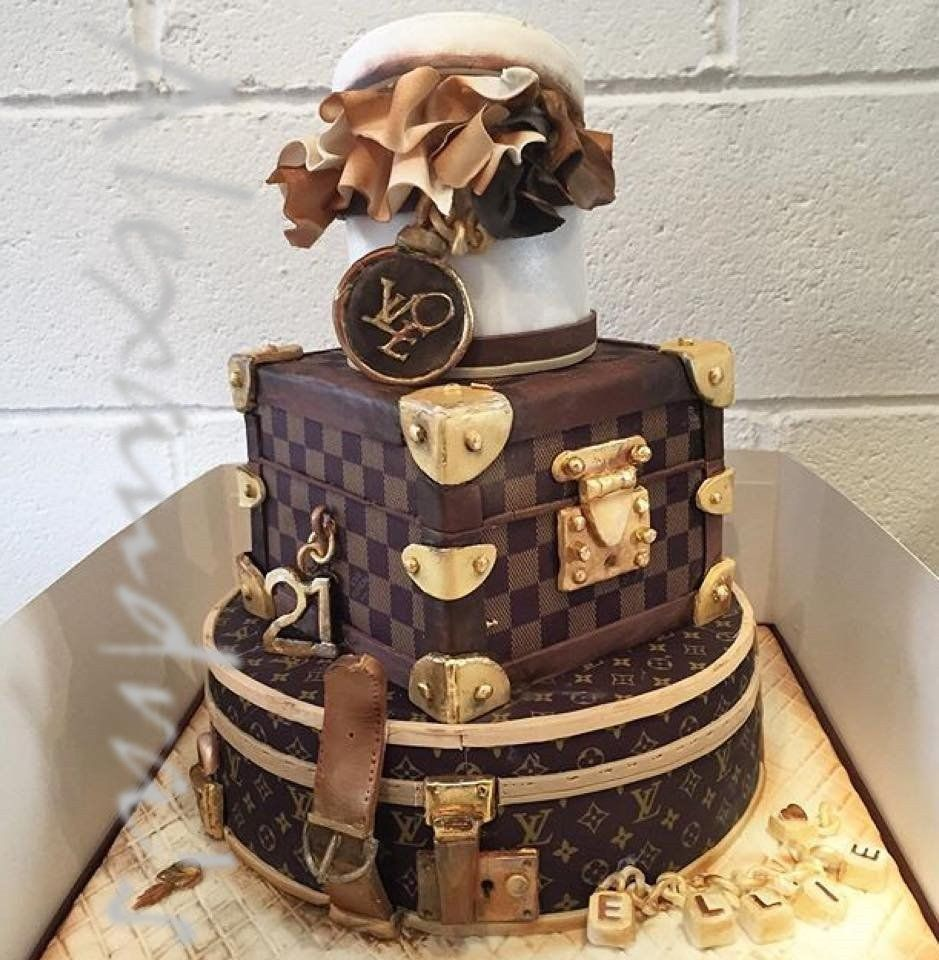Fine 25 Great Picture Of Louis Vuitton Birthday Cake With Images Personalised Birthday Cards Beptaeletsinfo