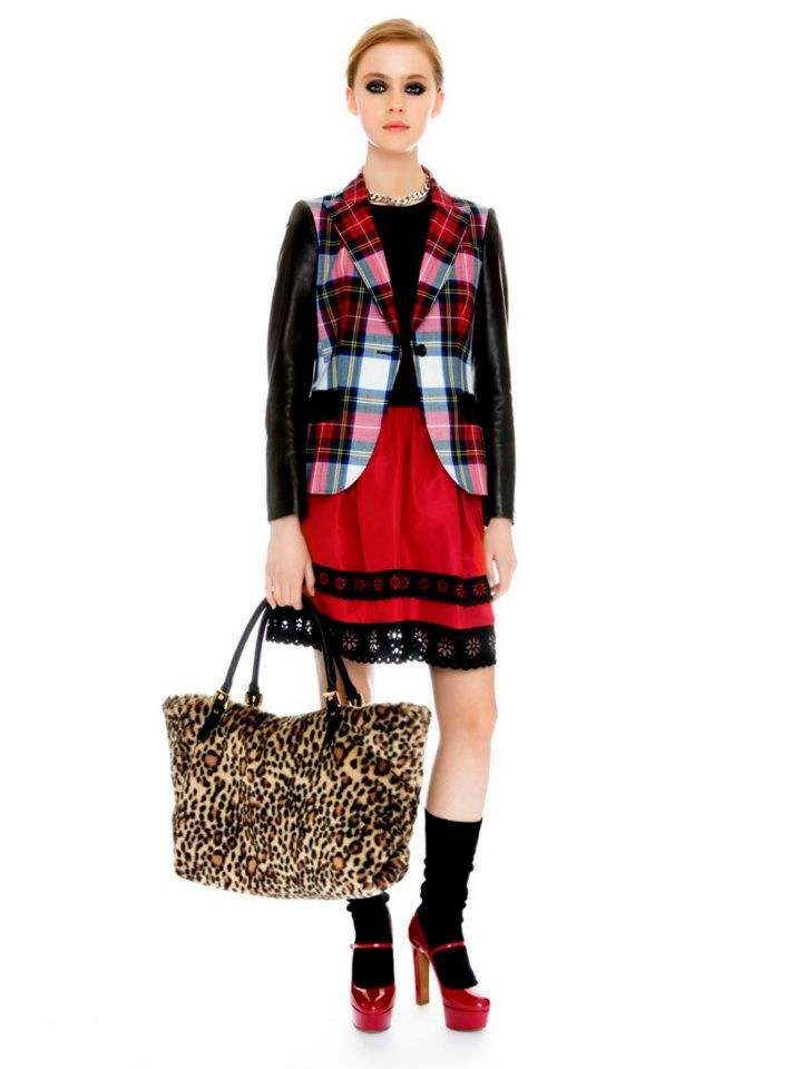 Moschino Cheap and Chic Fall/Winter 2012-2013: passion for tartan!