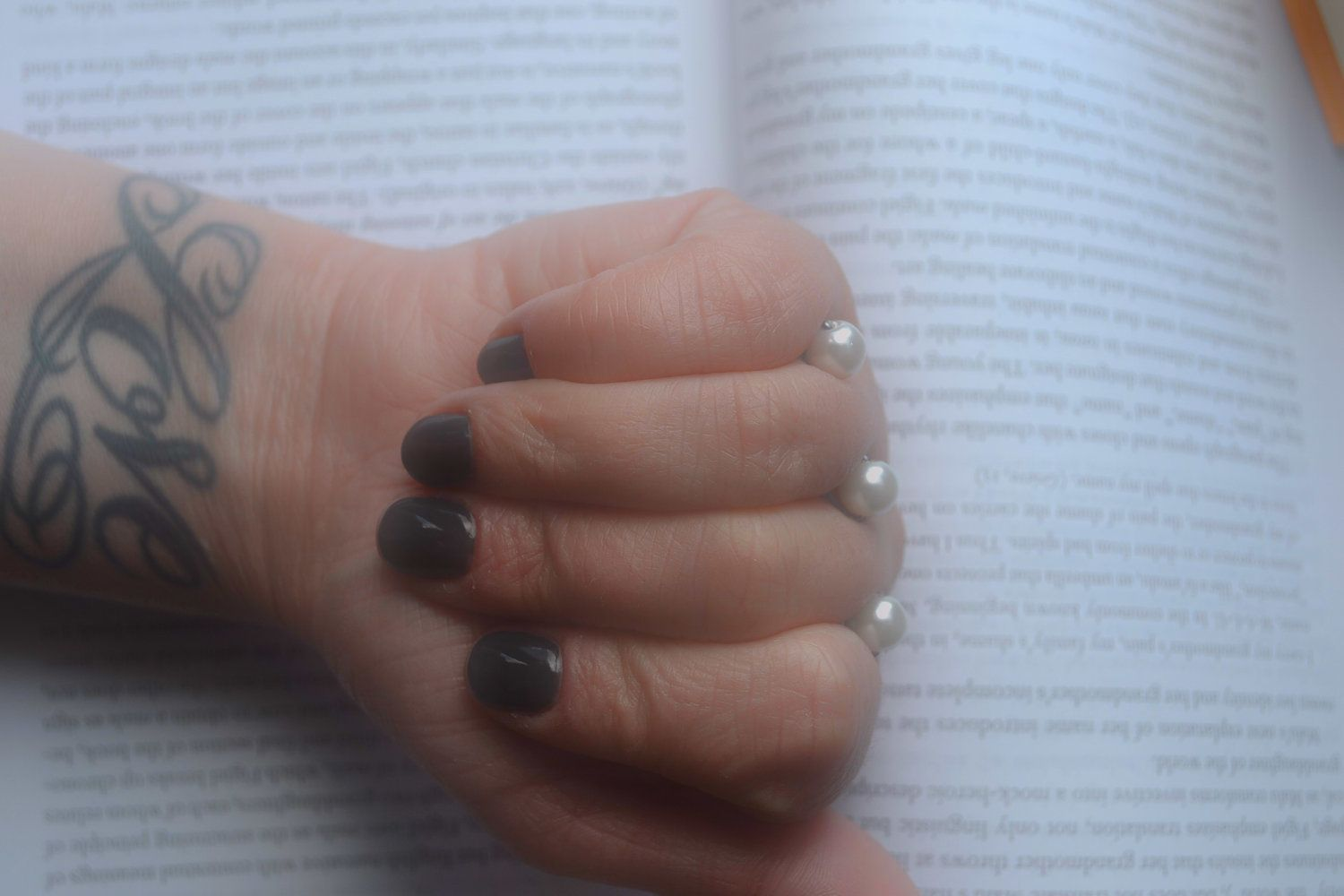 Pearl or Hematite floating ring The by