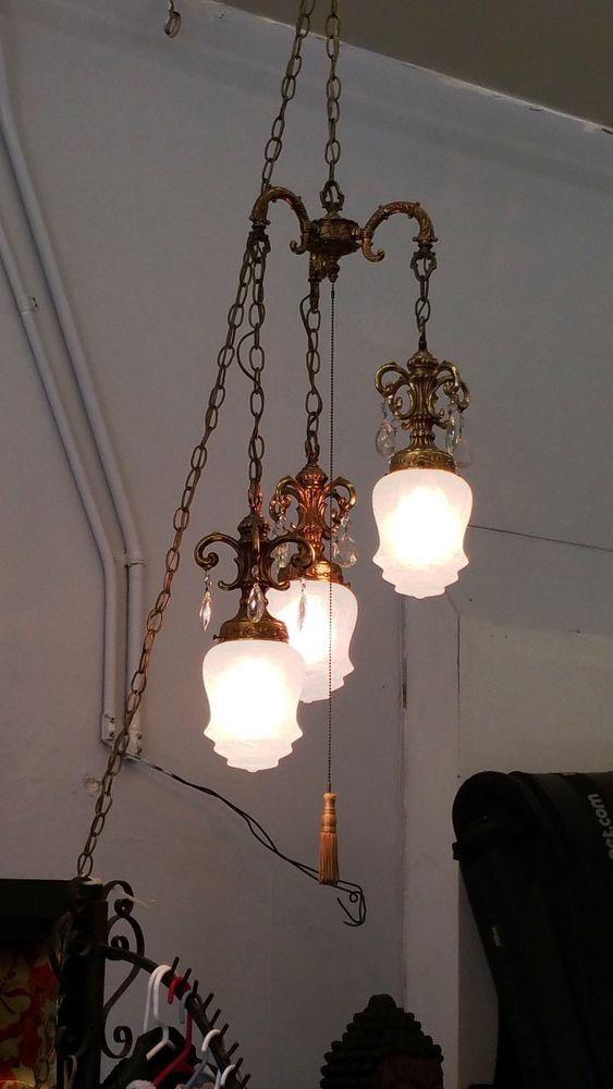 VINTAGE SWAG LAMP 3 LIGHT HOLLYWOOD REGENCY CRACKLE GLASS GILT BRASS