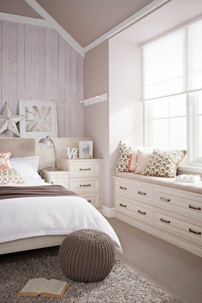 schlafzimmergestaltung gestrickter runder hocker hochflorteppich - schlafzimmer gestaltung ideen