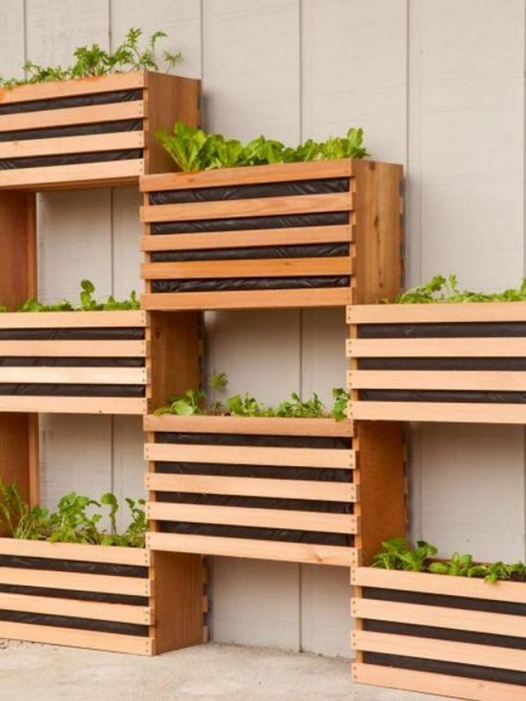 Admirable Gardens For Amazing Small Spaces Vertical Garden Diy Vertical Garden Design Vertical Vegetable Garden