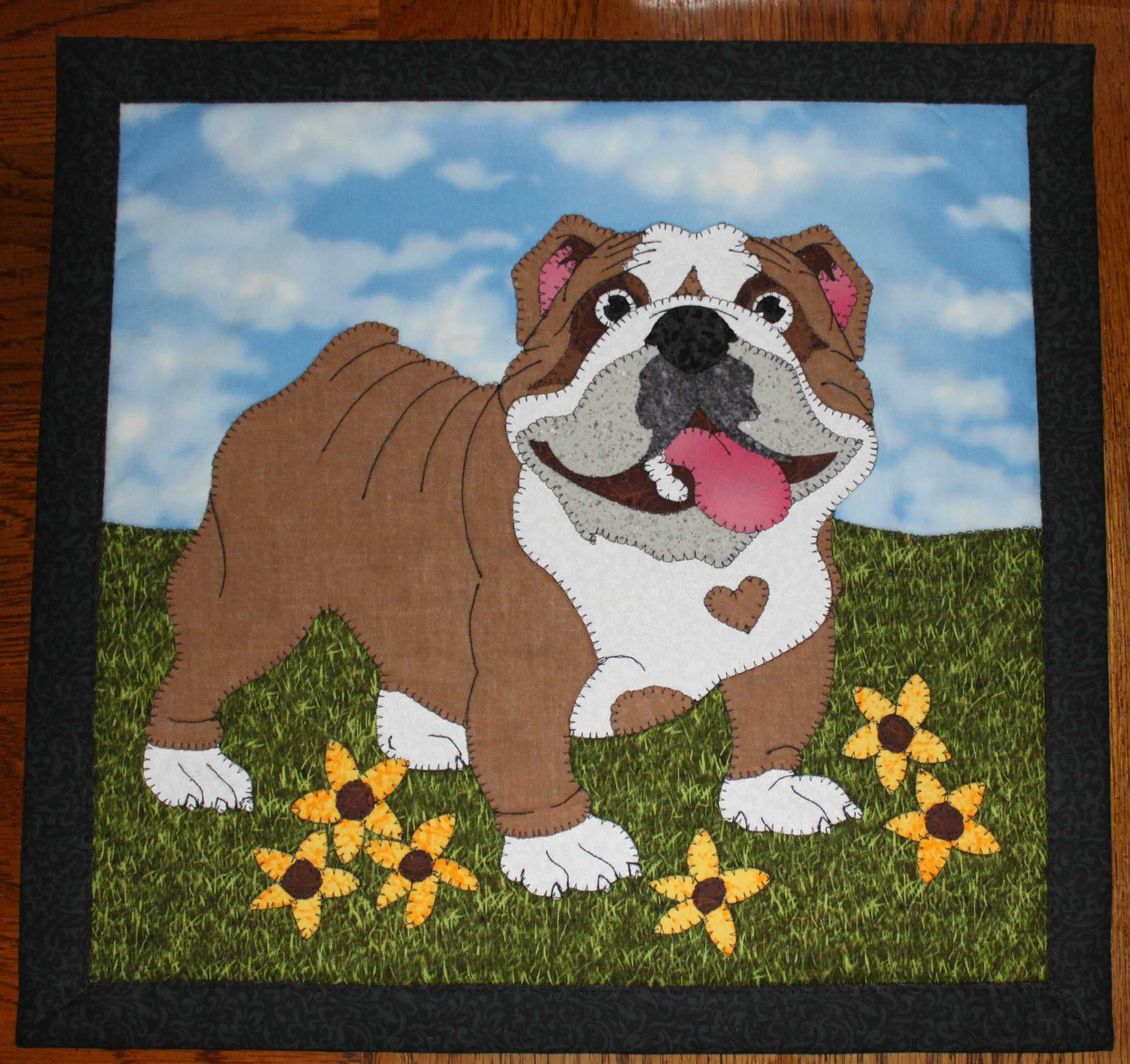 bulldog applique wall hanging. dog quilt. | quilts - dogs, cats