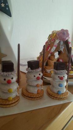 Schneemänner #weihnachtsbastelnmitkindernunter3