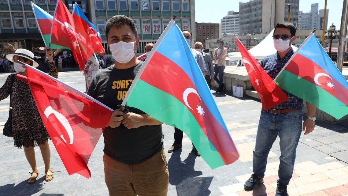 Azerbaycan-Ermenistan arasindaki çatışması İstanbul Ermenileri üzerindeki endişe ve korkuyu yansıtıyor