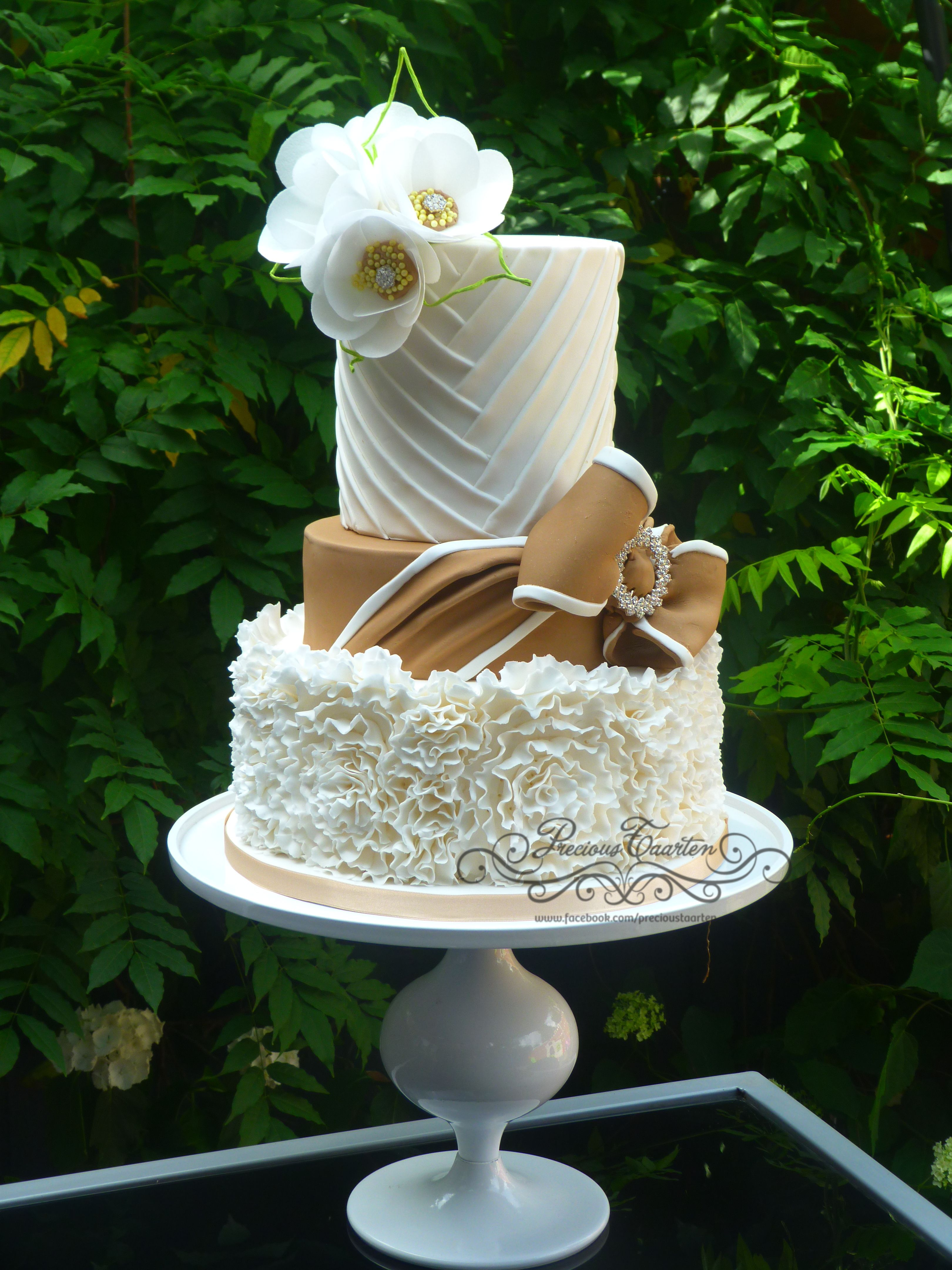 ruffle cake and wafer flowers
