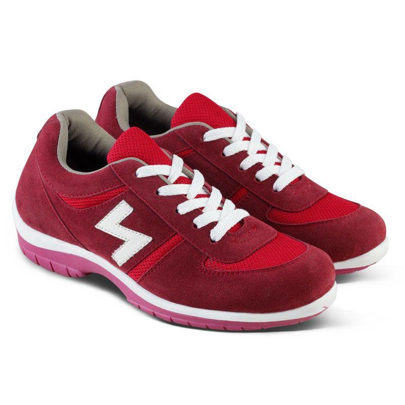Sepatu Sneaker Wanita Yang Cocok Untuk Olahraga Atau Kebutuhan