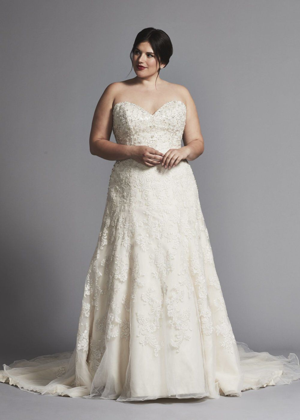 Size 22 wedding dress   Designer PlusSize Wedding Dresses That Prove Your Body is