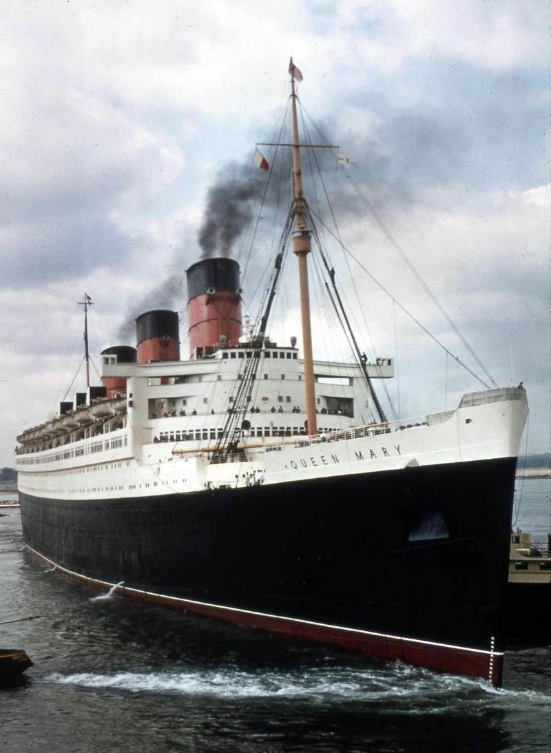 The Cunard liner RMS Queen Mary. My parents got married here ...