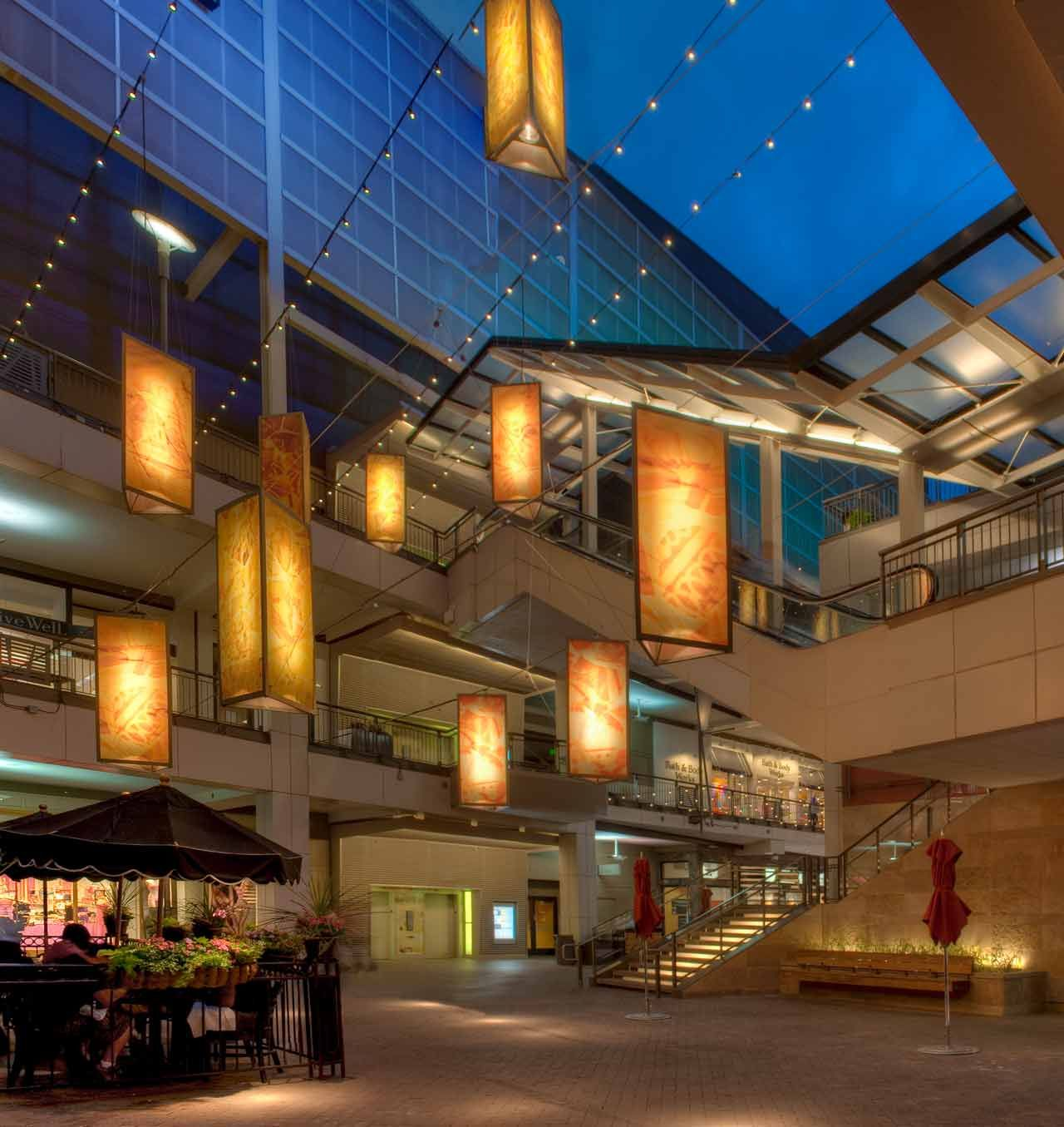 Retail And Dining Complex On The 16th