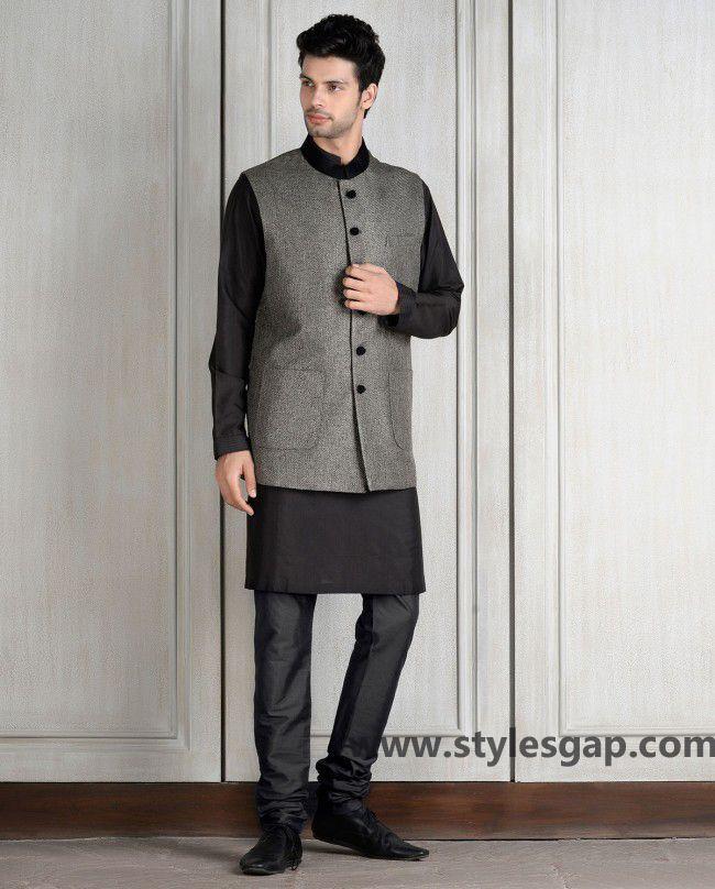 Manish Malhotra Latest Men Wedding Sherwanis Party Suits 2016 2017 Collection Indian Designer