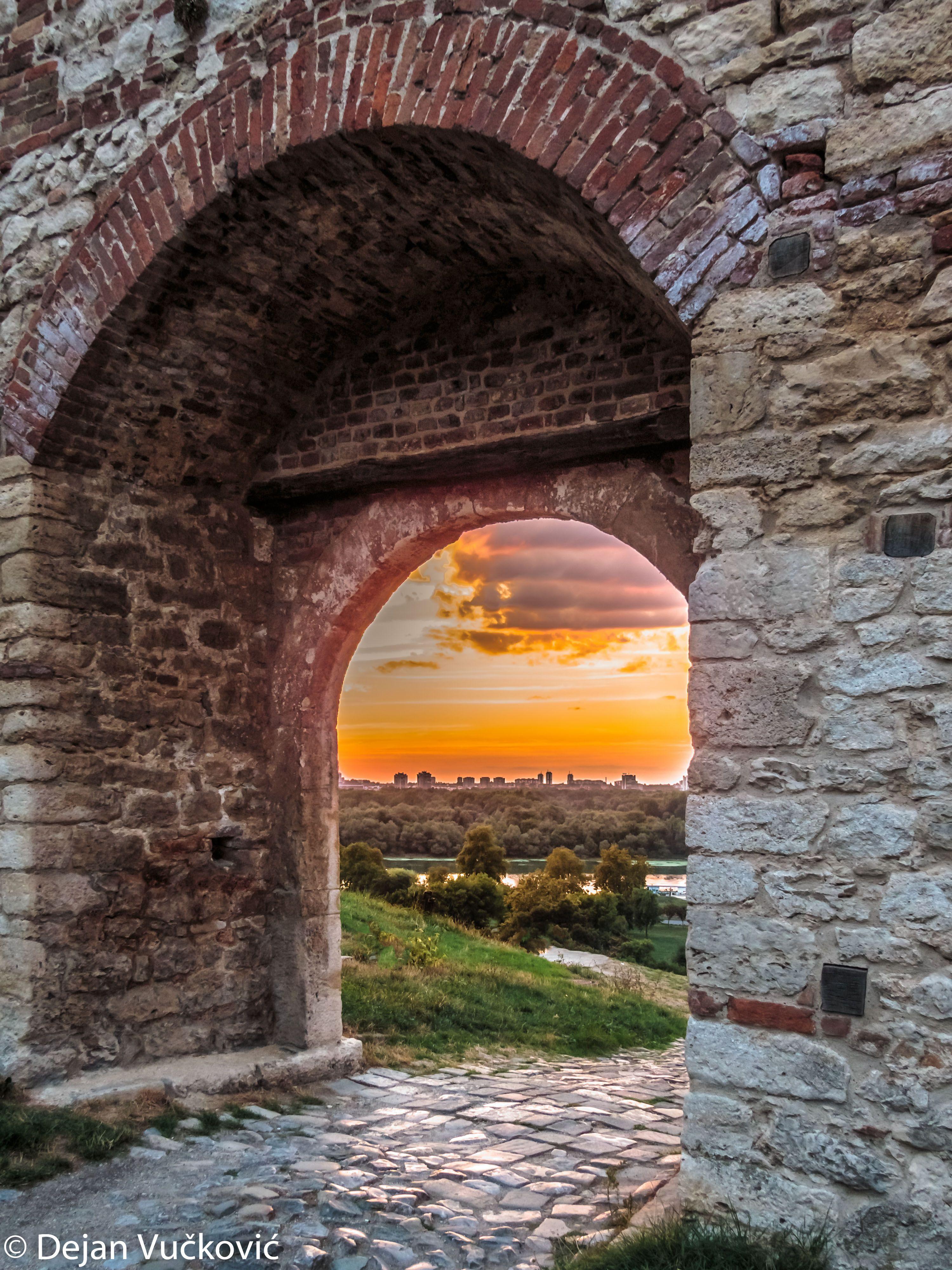 Beautiful Sunset Seen Through Stone Gate Of Old Kalemegdan Fortress In Belgrade Serbia Sunset Serbia Belgrade Belgrade Fortress Serbia Belgrade