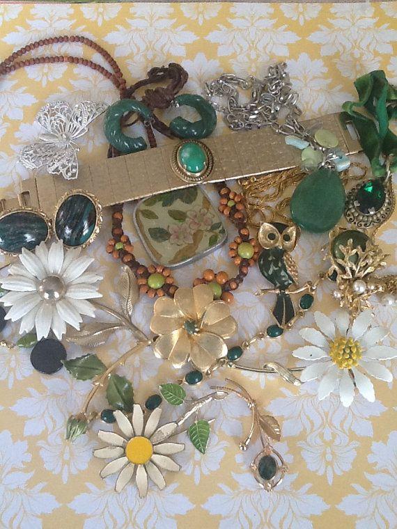 Destash Craft Vintage Wedding Bouquet daisy owl by QuiltsETC, $29.99