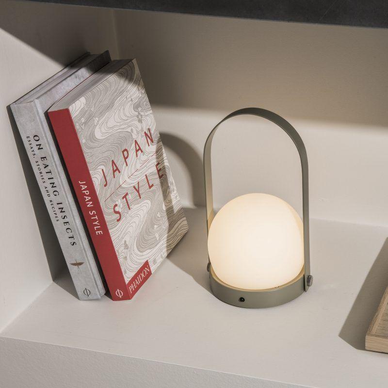 Kjøp Carrie LED Lamp Hvit fra MENU hos Nordiske Hjem