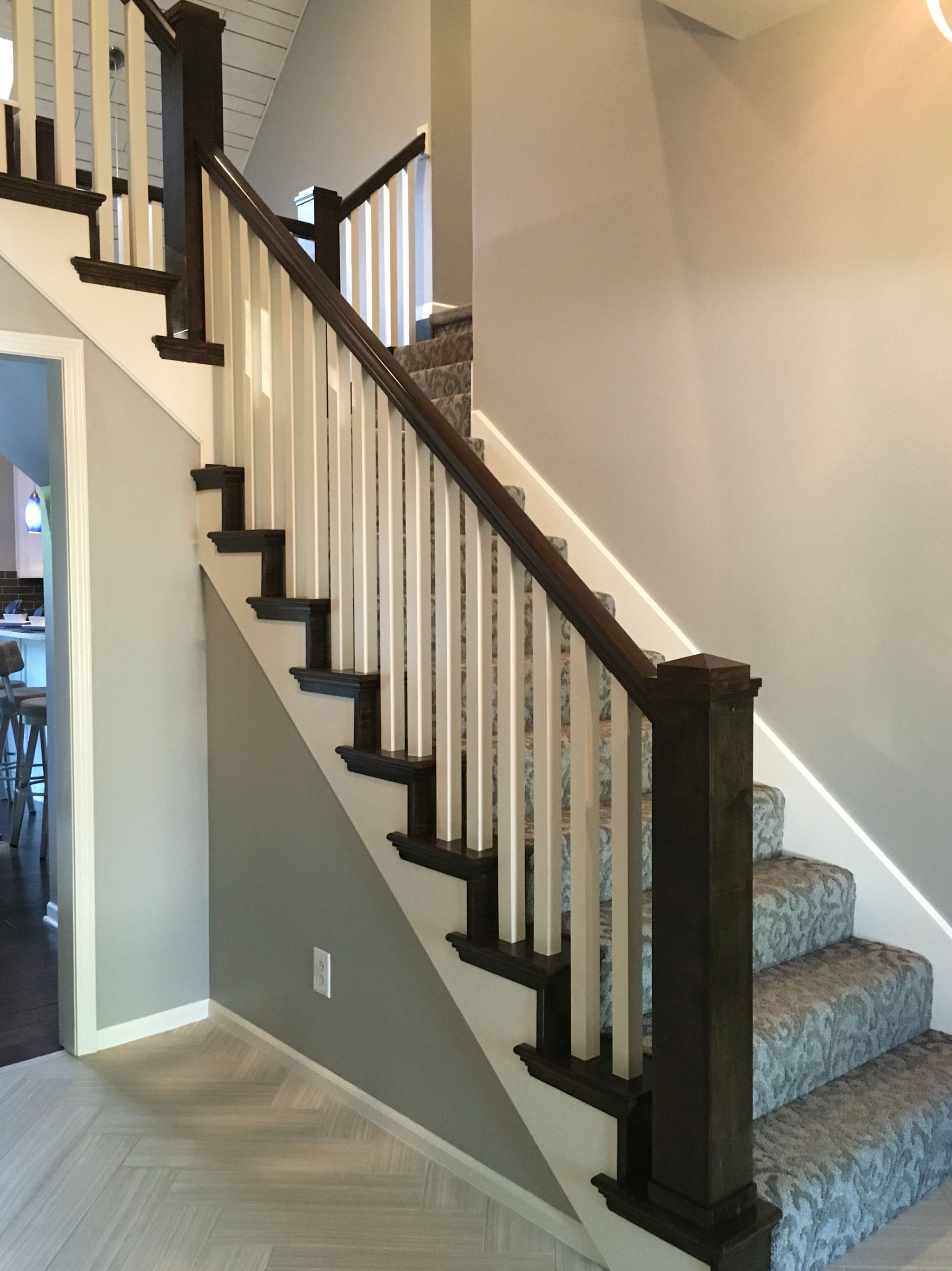 Best After Box Newel Post With Stair Tread And Riser Caps And 1 640 x 480