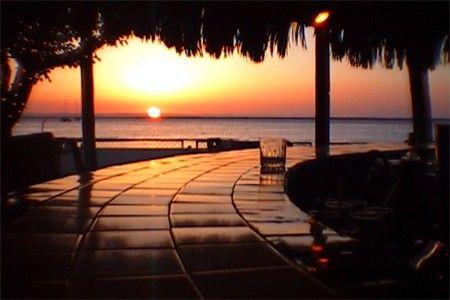 Google Image Result for http://www.celebratebig.com/mexico/mexico-baja-la-paz-hotel-la-posada-engelbert-sunset.jpg