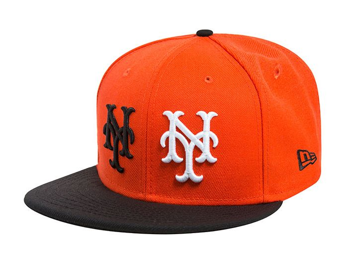 New York Giants Black Scale Vintage 59Fifty Fitted Baseball Cap by NEW ERA  x MLB 95a5c0efaaf