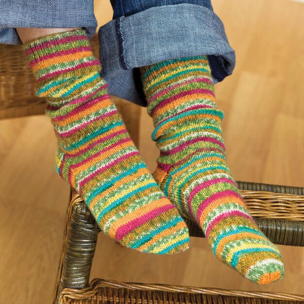 Easy Socks | Free Knit Patterns | Yarnspirations in 2020 ...