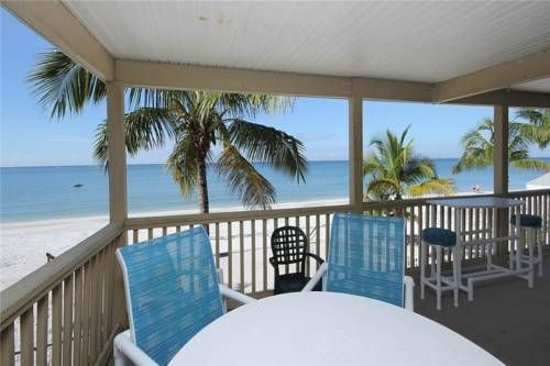 Shells N Sunshine Holiday Home 5256 Fort Myers Beach Florida Set In Fort Myers Beach Shells N Sunshine Beach Vacation Rentals Beach Rental Property Vacation