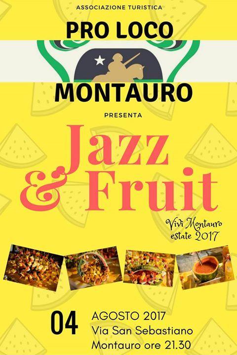 Degustazione spiedini di frutta, cocktail alla frutta, sangria e musica jazz