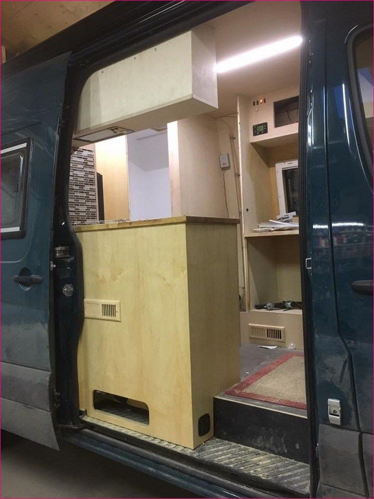 camper van conversions awesome ideas 48 van campingbus camping und vanlifers. Black Bedroom Furniture Sets. Home Design Ideas