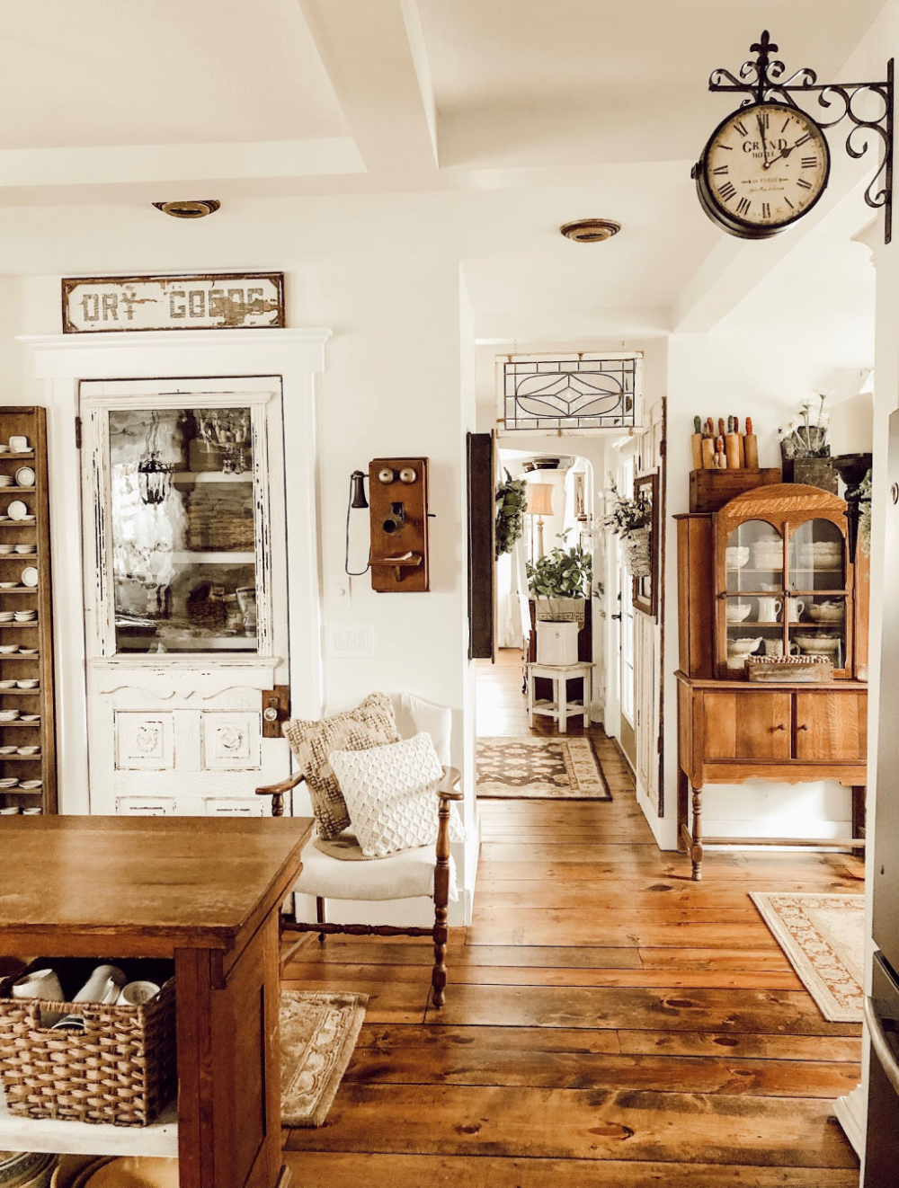 Photo of Eclectic Home Tour – House on Winchester