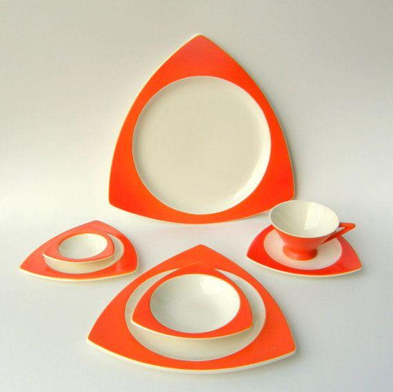 die besten 25 geschirr set orange ideen auf pinterest geschirr set zur taufe thanksgiving. Black Bedroom Furniture Sets. Home Design Ideas