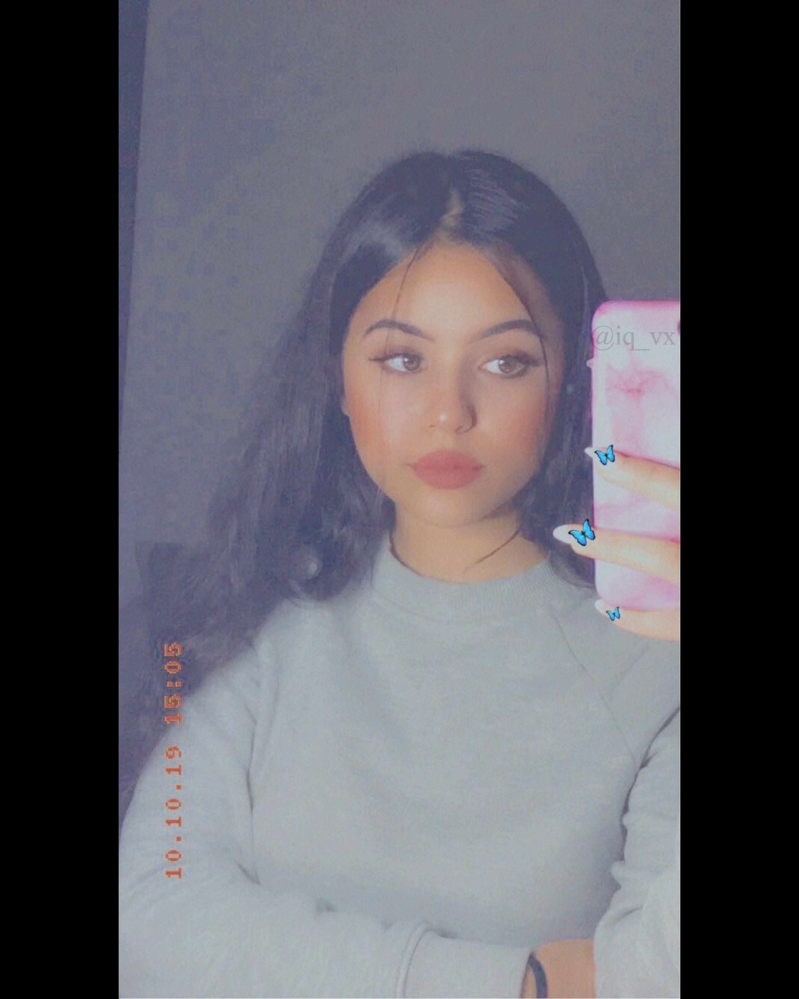 اكسبلور صور افتار افتارات رمزيات رمزيات بنات ستوريات سنابات صور بنات بنات اسئلة ستوري Beautiful Girl Makeup Pretty Girls Selfies Snapchat Girls