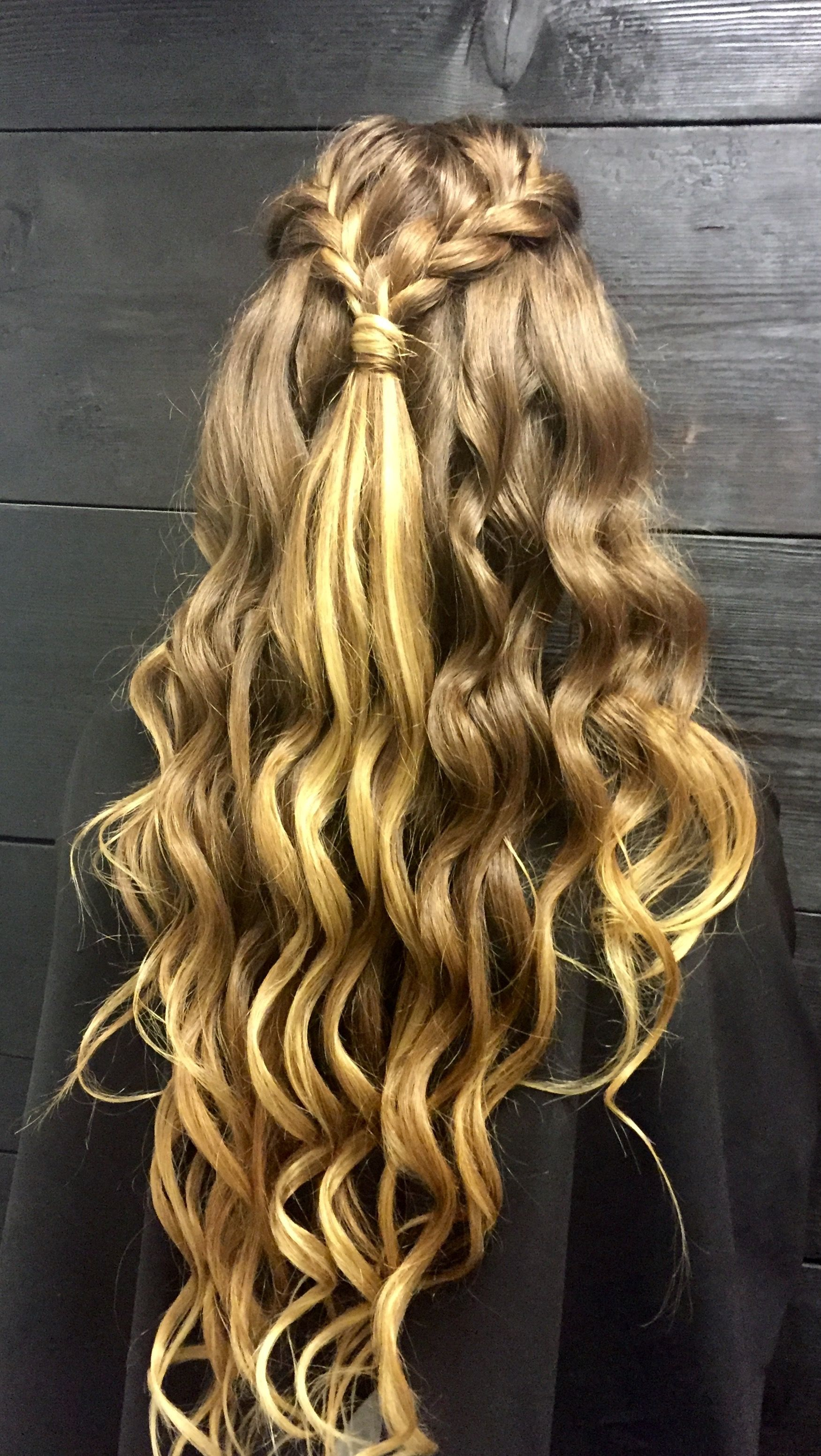 Braided and curled Half up Half down summer festival ready